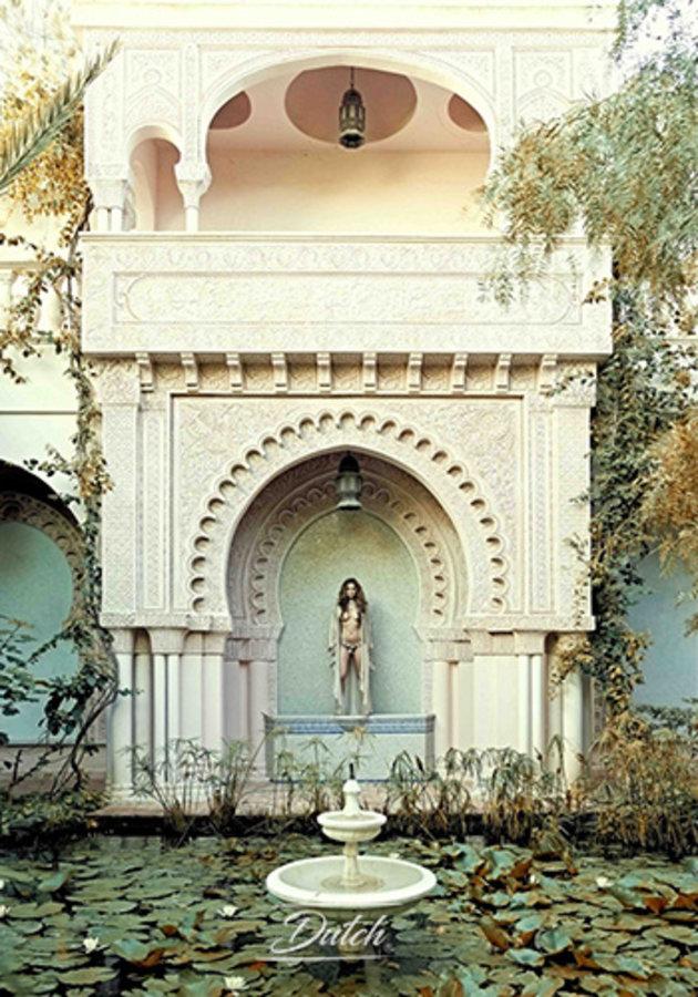 Naked palace