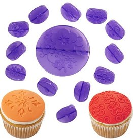 Wilton Wilton Cupcake Decorating Set -Flowers- Set/14