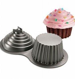 Wilton Wilton Dimensions® Large Cupcake Pan