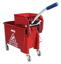 Jantex Rol emmer met wringer rood   20L   Met opvangbak en rooster   350x280x480(h)mm