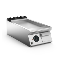 Gastro-Inox 700 HP  elektrische bakplaat met gladde geslepen plaat 40cm   5,4kW/h   400x730x250(h)mm
