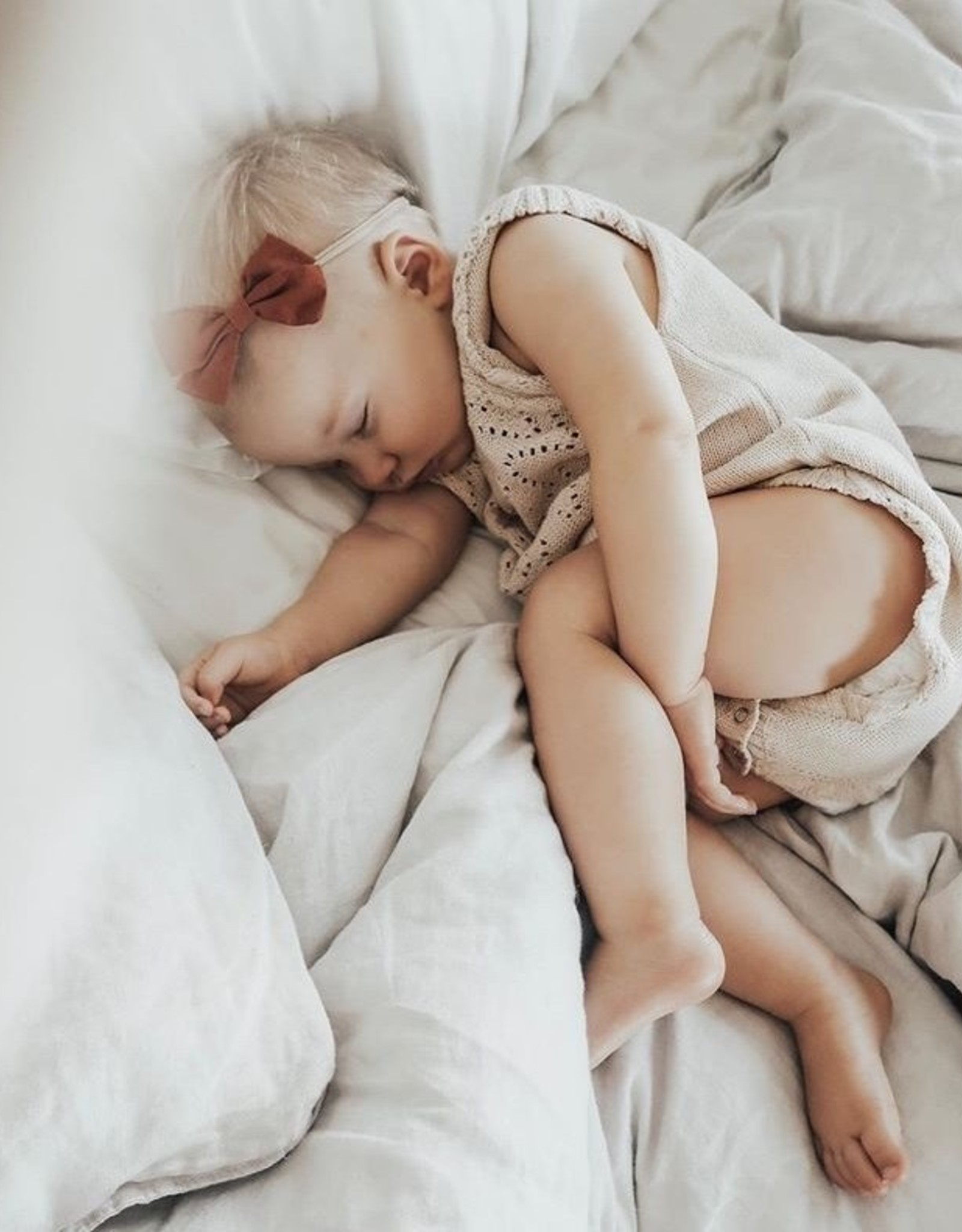 BONBON BABY&KIDS Bonbon - Strik Camilla op haarband - Blush