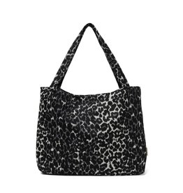 Studio Noos Jaguar mom-bag
