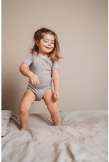 feeen mini Romper shortsleeve pebble