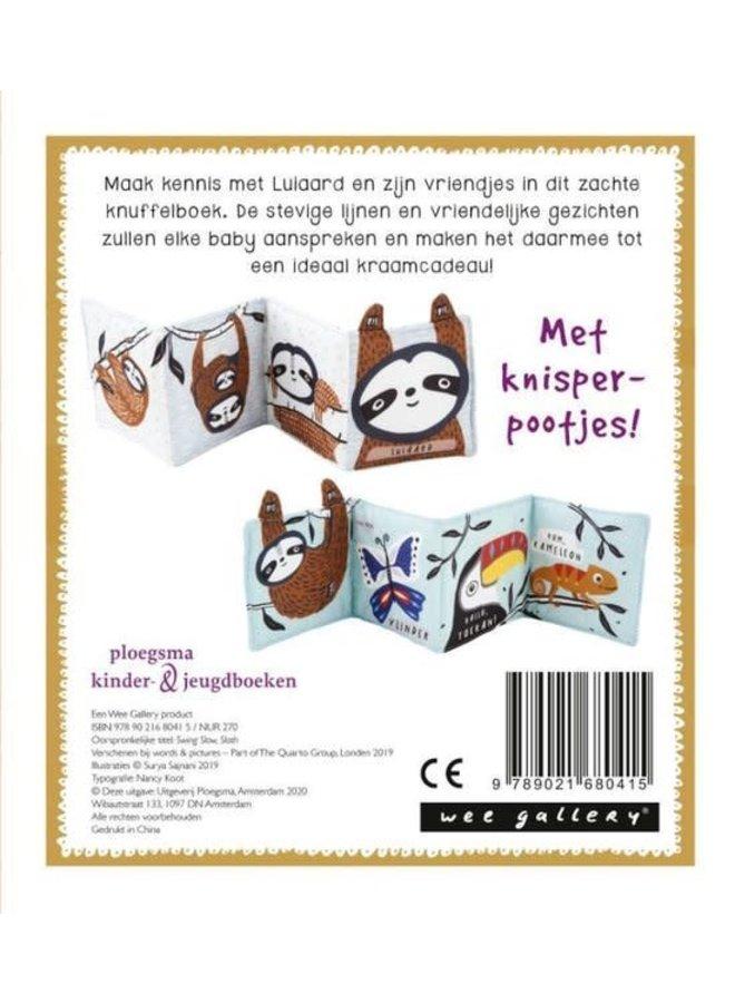 Wee Gallery, stoffen knuffelboekje Luiaard