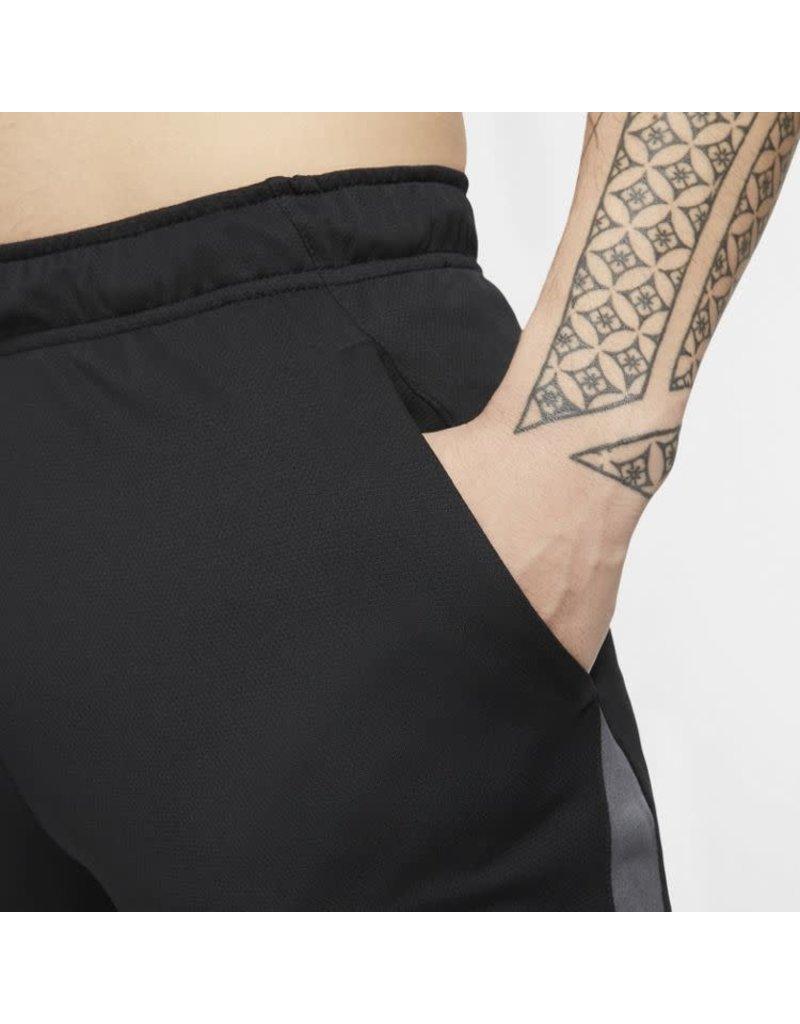 Nike Dri-Fit Short Zwart