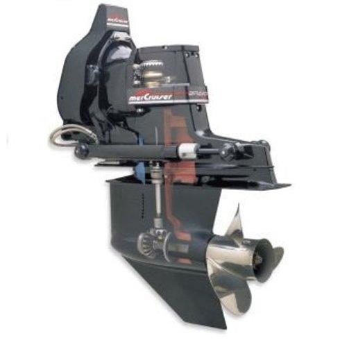 Getriebegehäuse und Z-Antrieb Teile