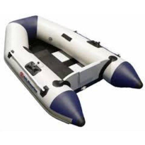 Schlauchboote und Rippenboote