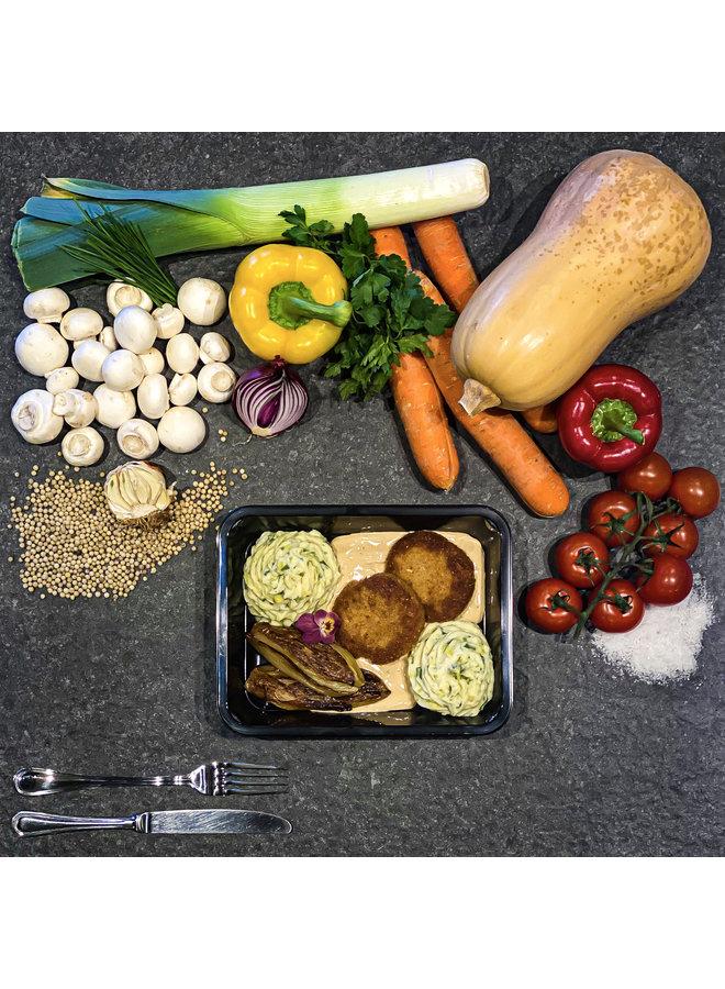 Burger met pepersaus, preipuree en witloof