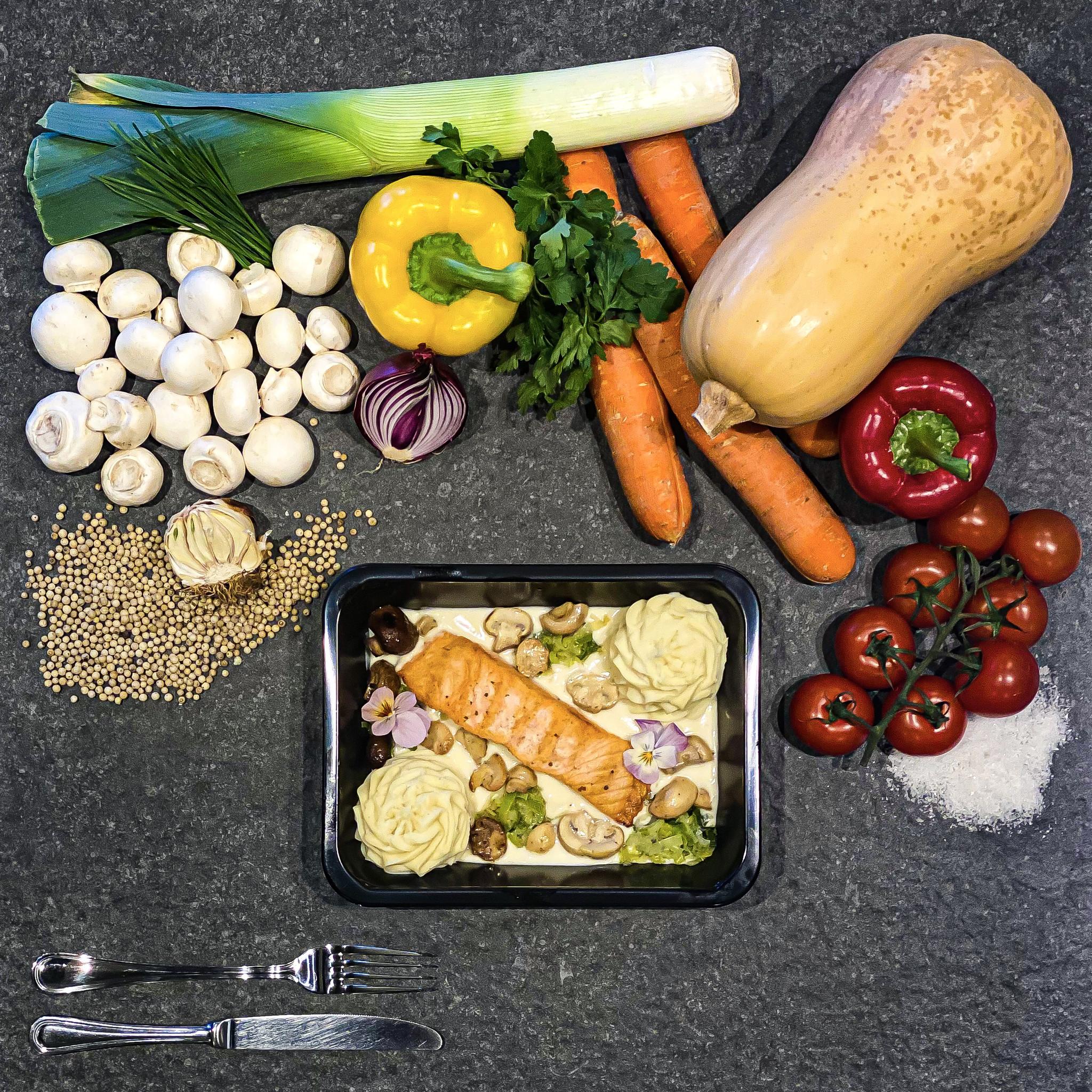 Zalm in nantuasaus met groenten en puree-1