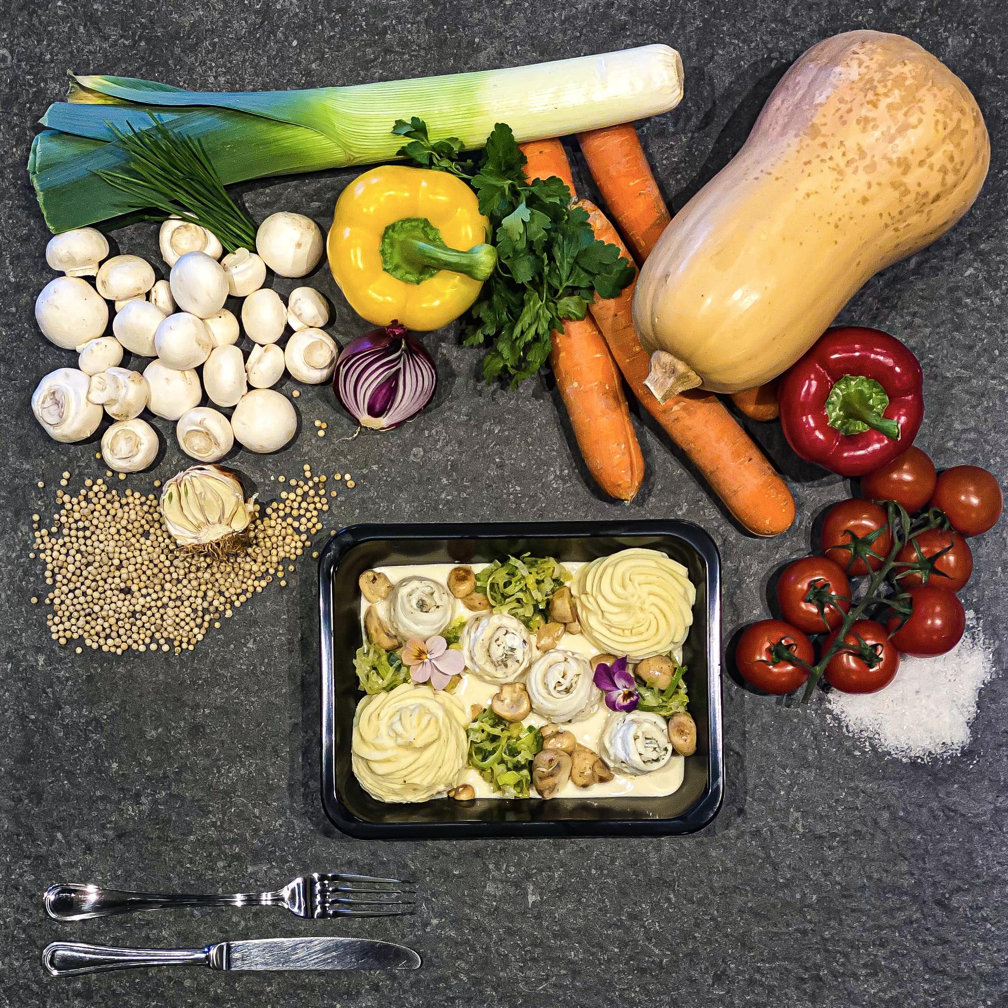Tongrolletjes in wittewijnsaus met groenten en puree-1
