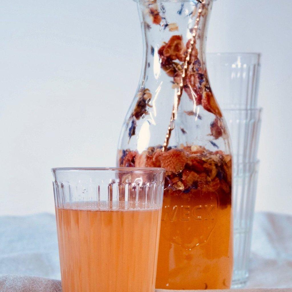 pineut  tafelwater jasmijn-aardbei-korenbloem