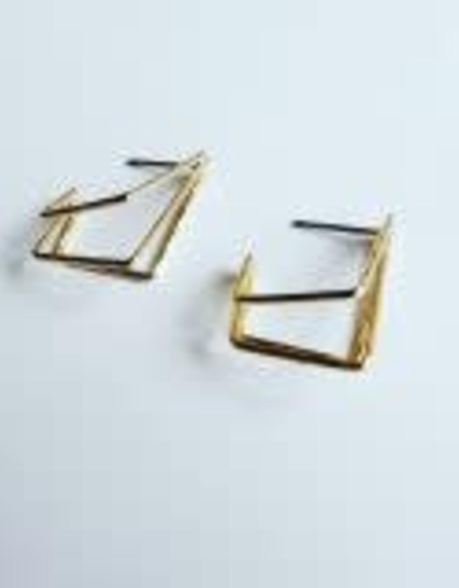 Isa en Roza Isa en Roza 078 oorstekers goudkleurig