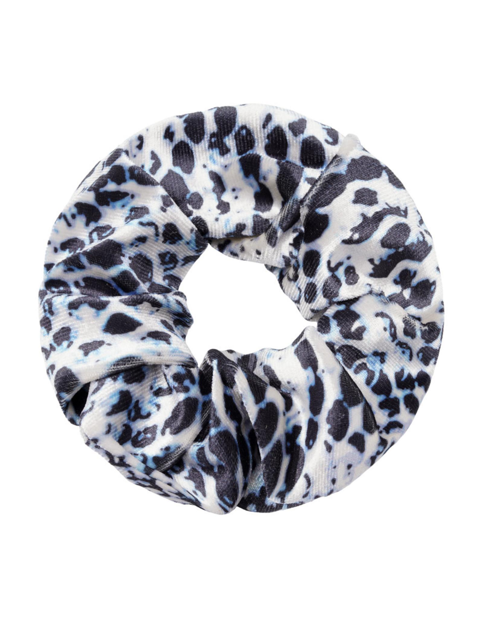 Musthaves Scrunchie velevt snake 002