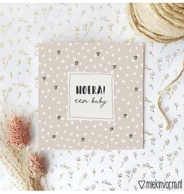 Miek in vorm Miek in vorm: dubbele kaart met envelop  Hoera! een  baby