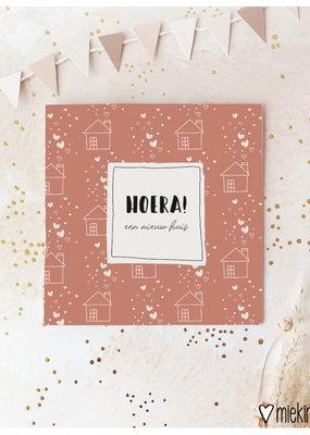 Miek in vorm Miek in vorm: dubbele kaart met envelop  Hoera! een  nieuw huis