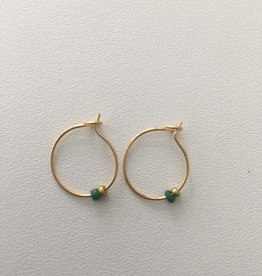 Isa en Roza Isa en Roza creool klein groen en goud steentje