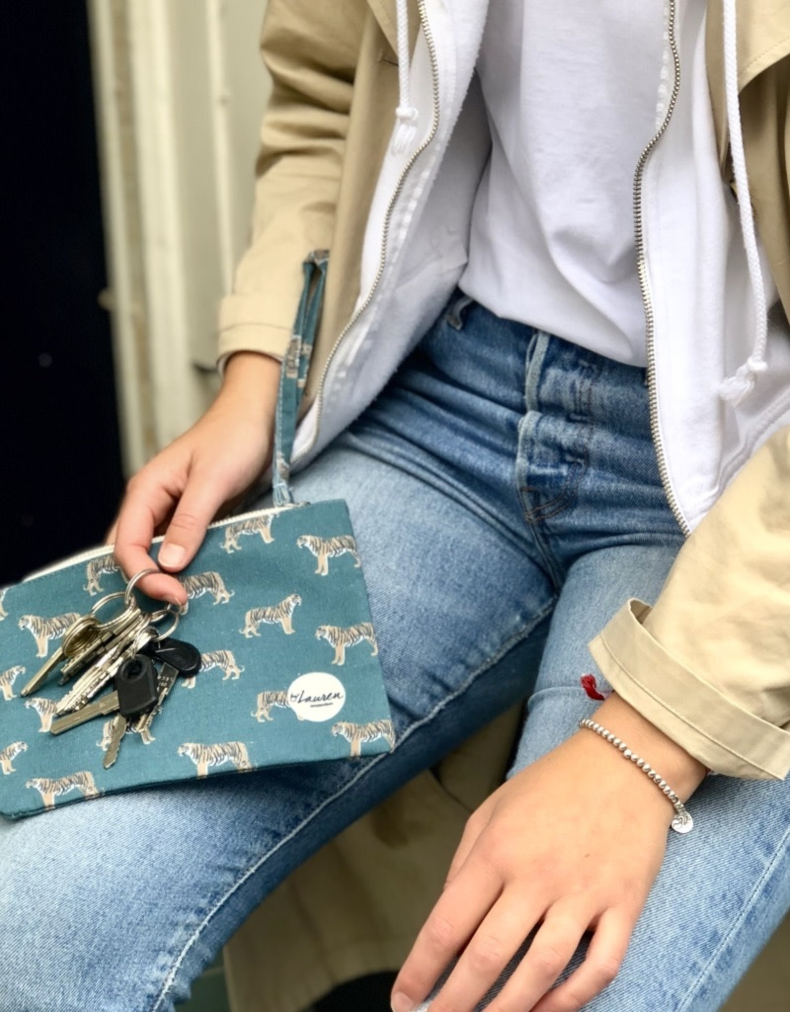 By lauren Amsterdam By Lauren Amsterdam tijger petrol clutch