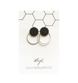 made by ellen Made by Ellen oorbellen  steker mat zwart met ring zilver