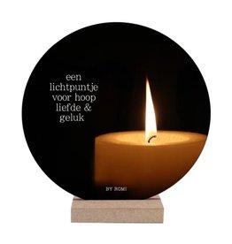 By romi By romi wooncirkel: een lichtpuntje voor hoop liefde en geluk