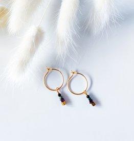 Isa en Roza Isa en Roza 089 oorhangers goud en pareltjes