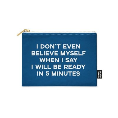 Studio inktvis Studio Inktvis: CANVAS ETUI I don't even believe myself when I say I will be ready in 5 minutes
