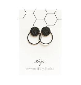 made by ellen Made by Ellen oorbellen  steker mat zwart met ring zwart