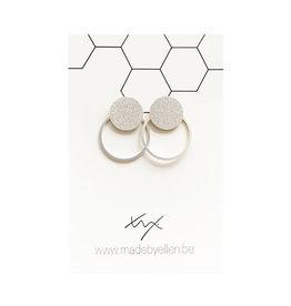 made by ellen Made by Ellen oorbellen  steker mat zilver met ring zilver