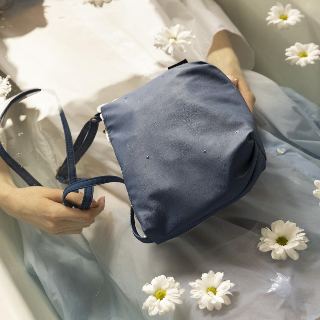 Tinne + Mia tinne + mia cross body baggy dutch blue / try try try