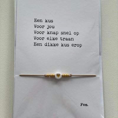 Papierpleziertjes Papierpleziertjes - armbandplezier - Een kus voor jou