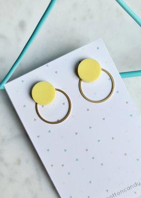 Cotton candy Cotton candy oorbellen geel en gouden ringetje