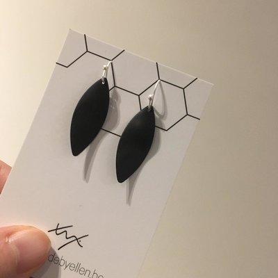 Made by ellen Made by ellen oorbellen zwart zilver