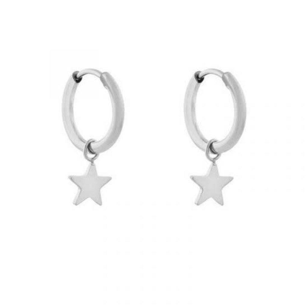 Essentialistics Essentialistics oorbellen minimalistic ster klein zilver