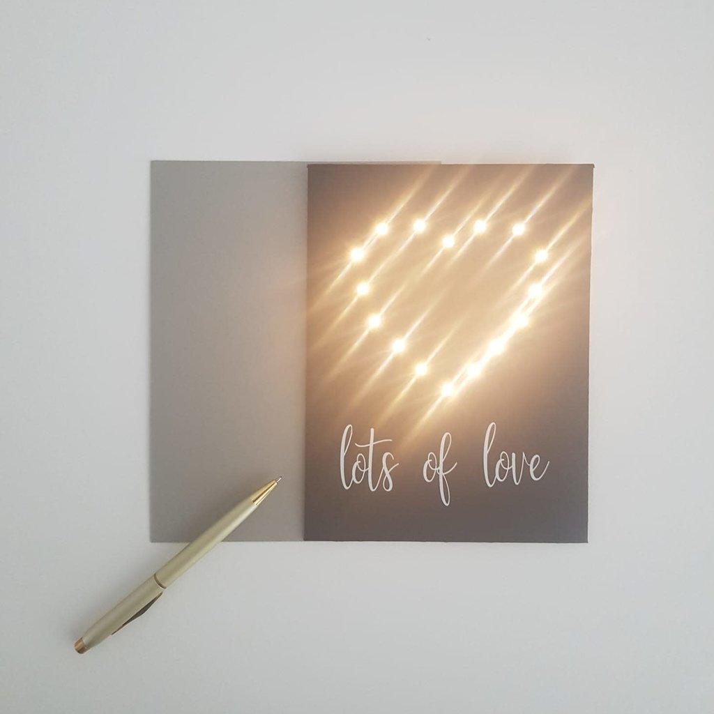 Lizaas Lizaas: Lichtjeskaart hartje Lots of love zwart