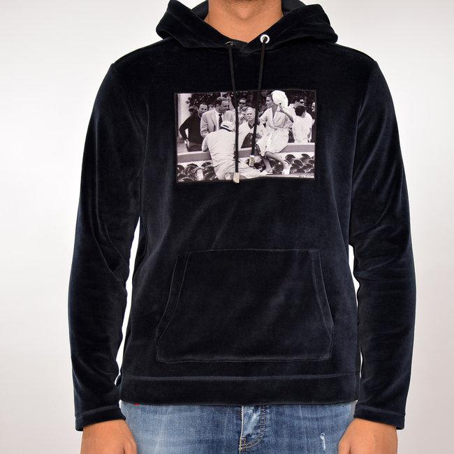 Limitato Limitato velvet  hoodie  blauw met print