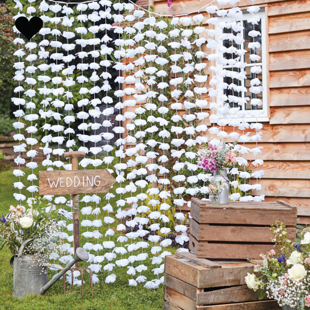 Backdrop bloemen wit rustic country - Ginger Ray-1