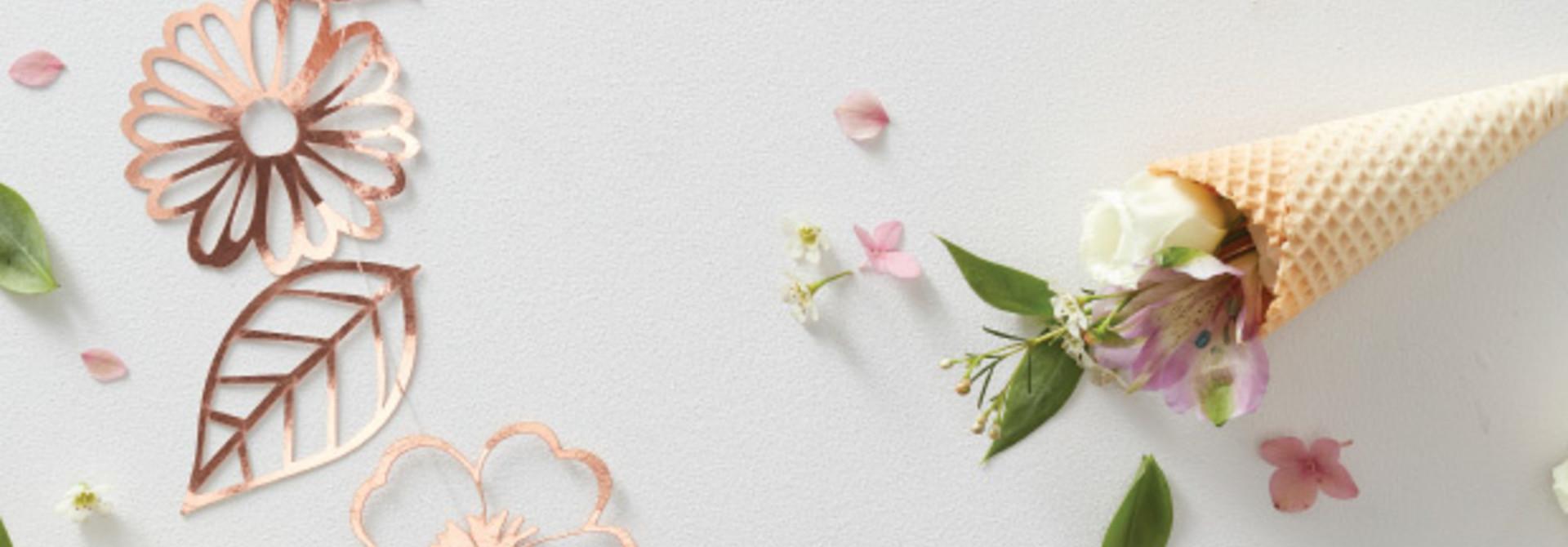 Slinger bloemen cut out roségoud Ginger Ray