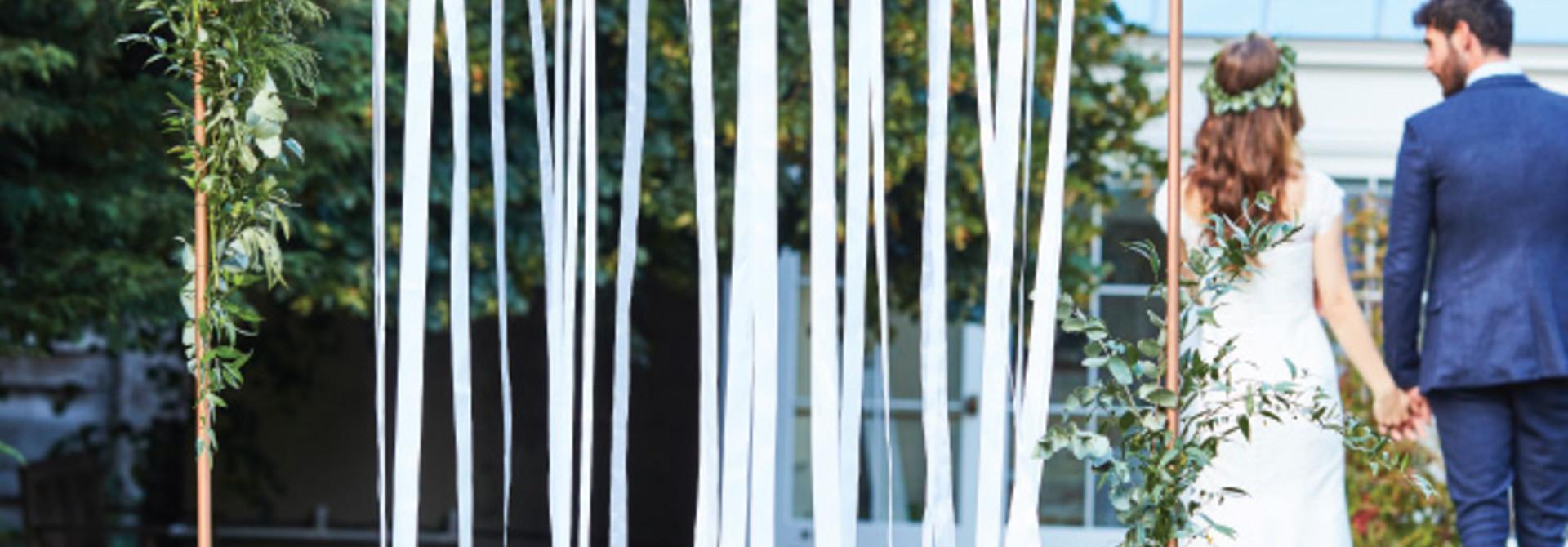 Backdrop witte linten (80M) Ginger Ray