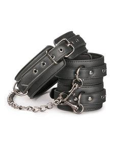 Easytoys Fetish Collection Kunstleren halsband met enkelboeien