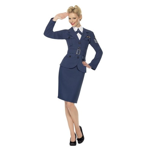 Captain WW2 Air Force dame