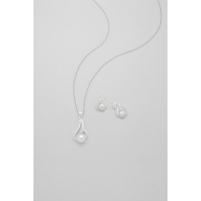 Zilveren dames hanger met oorstekers: Parel oorstekers met hanger (zonder ketting)