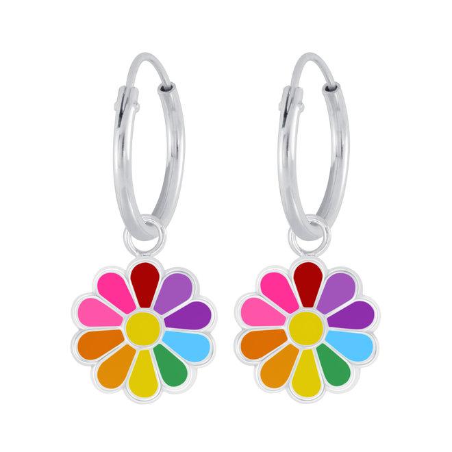 Zilveren kinderoorbellen: Kleurrijke bloem