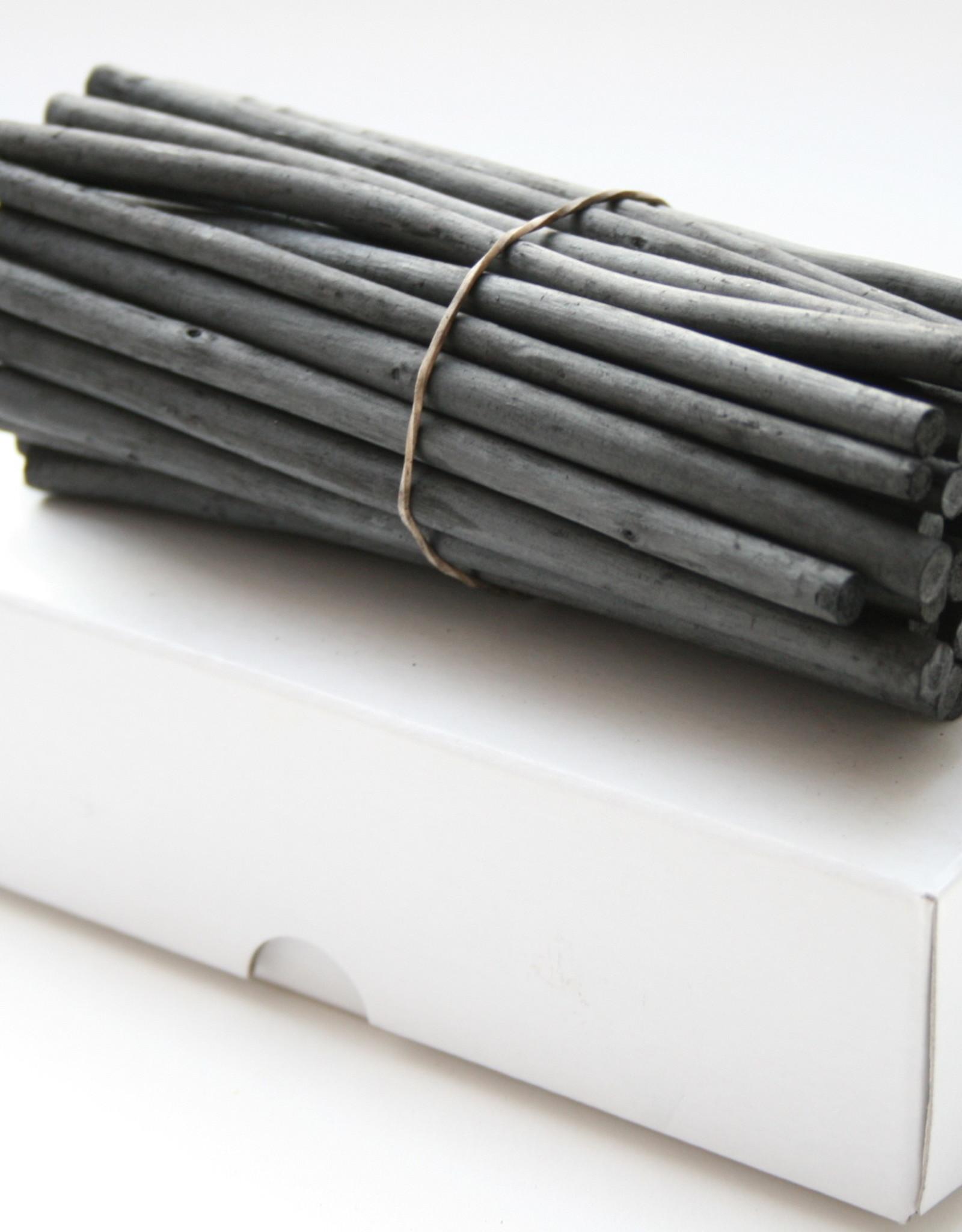 50 stuks houtskool in kartonnen doos doorsnede ±5 6mm