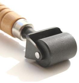 Artools Roulette voor ets of droge naald  doorsnede 10mm, 20mm breed diagonaal-gekruisd fijn no 2c Artools, paddenstoel handvat
