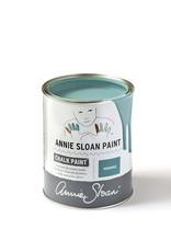 Annie Sloan Deze krijtverf van Annie Sloan is het beste wat er te krijgen is op dit vlak. De kleuren zijn subtiel samengesteld en de verf dekt goed. Te verdunnen met 5-10% water voor een eerste laag is aan te bevelen voor vooral de muurverf variant.