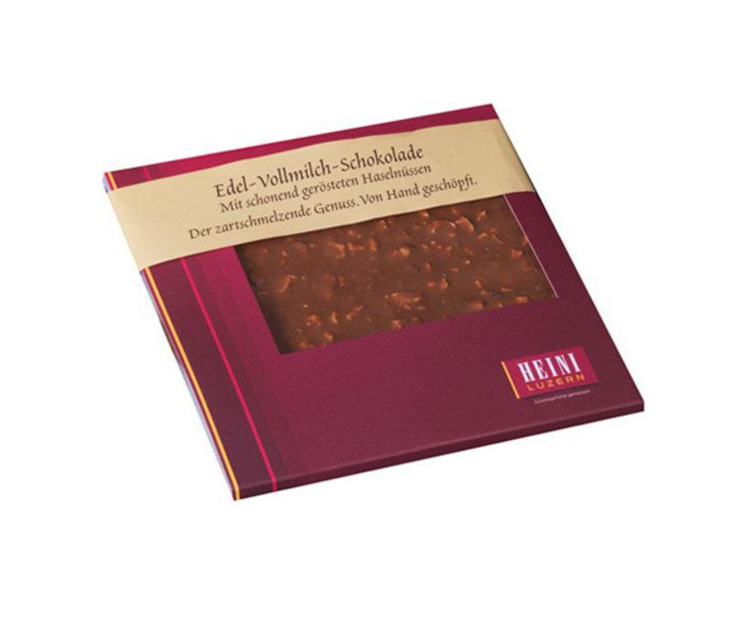 Schokoladen-Rondelle mit Haselnüssen