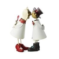 Knutschis mit roten Schuhen