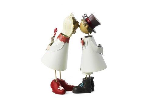 HEINI Luzern Knutschis mit roten Schuhen