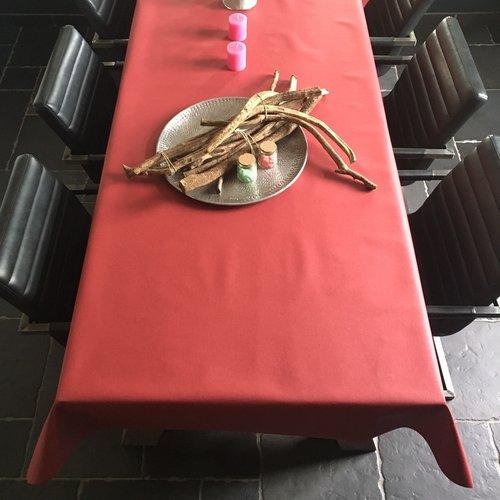 Beschichtete Tischwäsche Bordeaux rot