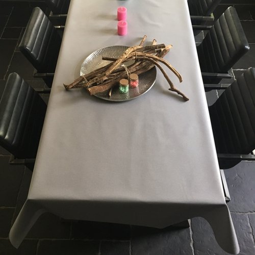 Gecoat tafellinnen - grijs taupe